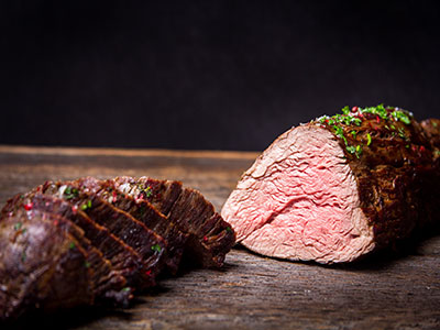 Struisvogel steak in rode wijn
