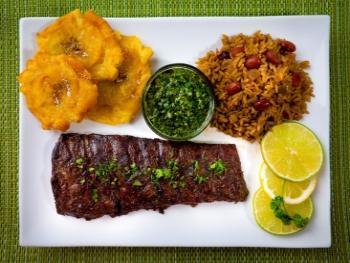 Complete maaltijd met de volle smaak met rib eye steaks