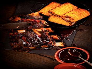 Sticky Beef ribs uit de Dutch Oven