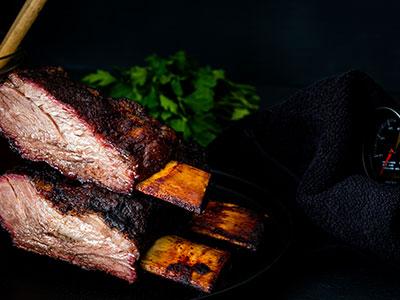 Beef Ribs met zelfgemaakte BBQ saus