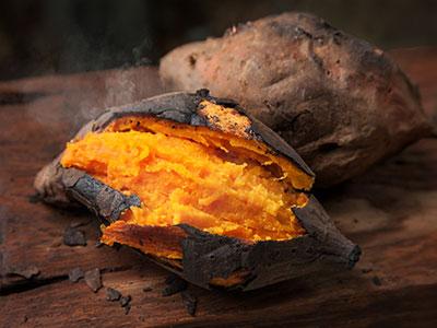 Gepofte zoete aardappel met ras el hanout