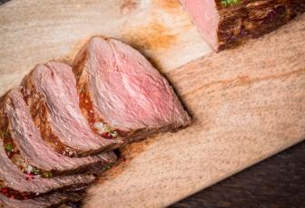 Ossenhaastournedos met bacon-cheddarkorst